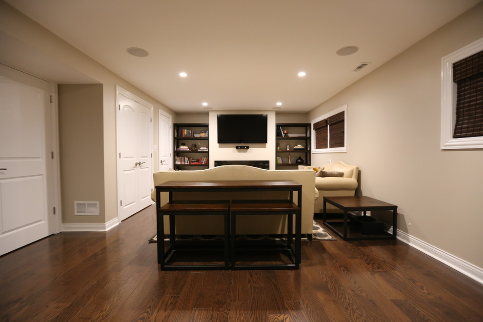 Family-Room in Glenview, IL